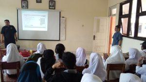 pemaparan teknis Pelaksanaan UNBK Paket B dan C PKBM Bina Insan Kamil (8)