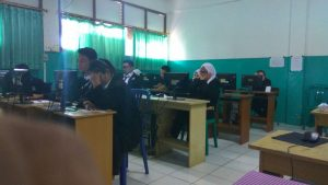 UNBK Paket C PKBM Bina Insan Kamil 2017-2018 di SMP Muhammadiyah serpong (11)